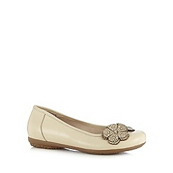 Good for the Sole - Cream leather applique flower wide fit shoes