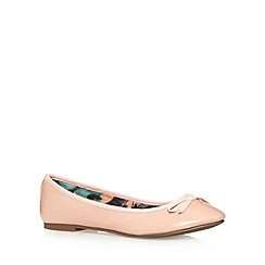 The Collection - Light pink textured bow pumps