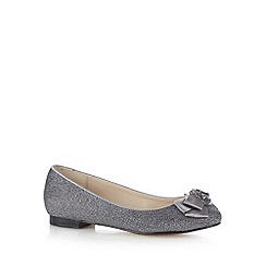 Debut - Silver metallic bow shoes