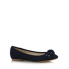 Debut - Navy 3D flower trim pumps
