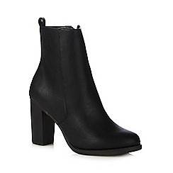 Red Herring - Black mid ankle PU boots