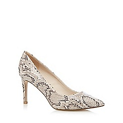 Red Herring - Cream snakeskin pointed toe high court shoes