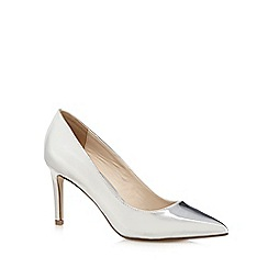 Red Herring - Silver metallic pointed toe high court shoes