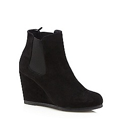 Red Herring - Black suedette high wedge Chelsea boots
