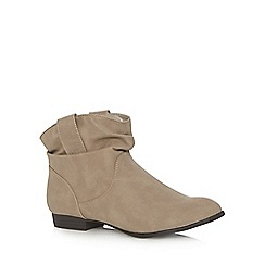 Mantaray - Taupe ruched cuff ankle boots