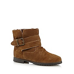 Mantaray - Tan suede buckled ankle boots
