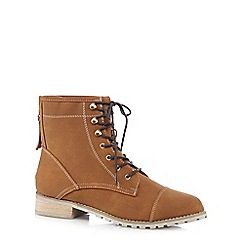 Mantaray - Tan lace up boots