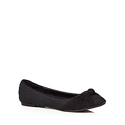Mantaray - Black suedette knot detail pumps