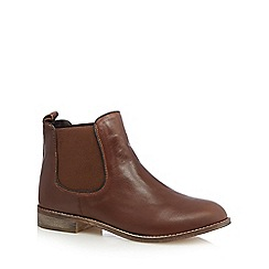 Mantaray - Tan leather chelsea boots
