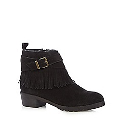 Mantaray - Black suede fringed low ankle boots