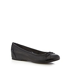 Good for the Sole - Black wide fit mock snake toe cap pumps