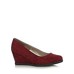 Good for the Sole - Dark red suedette wide fit mid wedges