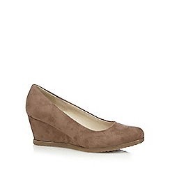 Good for the Sole - Taupe wedge wide fit court shoes