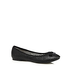 The Collection - Black faux snakeskin pumps