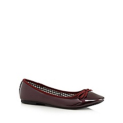 The Collection - Wine metallic patent pumps