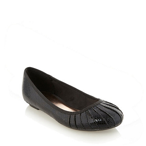 Red Herring - Black pleat snake ballet pumps