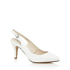 Red Herring - White pointed toe mid court shoes