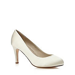 Debut - Ivory 'dash-b' court shoes