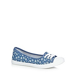 Mantaray - Blue ditsy flat shoes