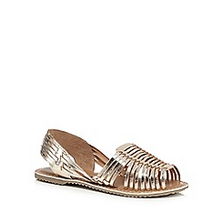 Mantaray - Gold toned leather slingback sandals