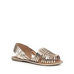 Mantaray - Gold toned leather slingback sandals