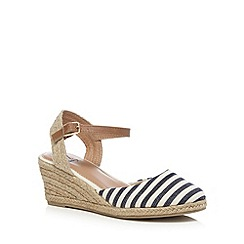 Mantaray - Navy closed wedge sandals