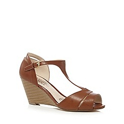 Good for the Sole - Tan T-bar wedge wide fit sandals