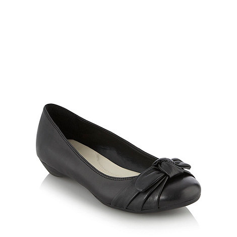 Good for the Sole - Black wide fit wide fit knot detail pumps