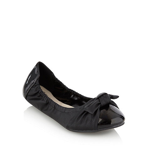 Good for the Sole - Black wide fit bow pumps