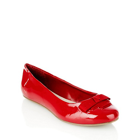 Good for the Sole - Red wide fit laced bow patent pumps