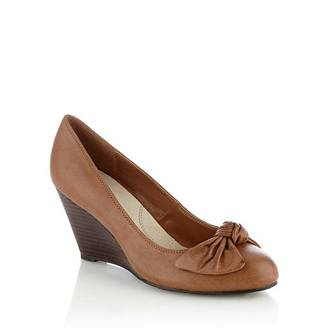 Good for the Sole - Tan wider fit bow wedge court shoes