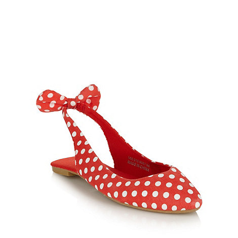 Red Herring - Red spotted slingback pumps