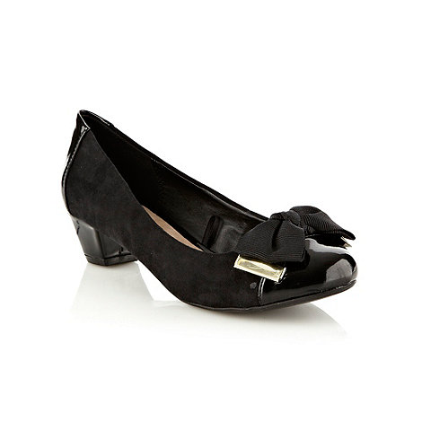 Good for the Sole - Black wide fit mid heel bow trim court shoes