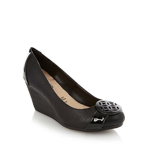 Good for the Sole - Black wider fit disc front mid wedges