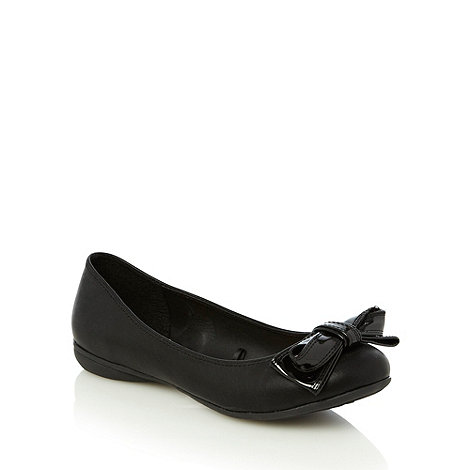 Good for the Sole - Black patent wide fit bow trimmed pumps