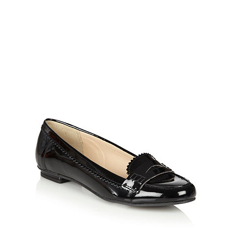 null - Black patent leather loafer trim pumps