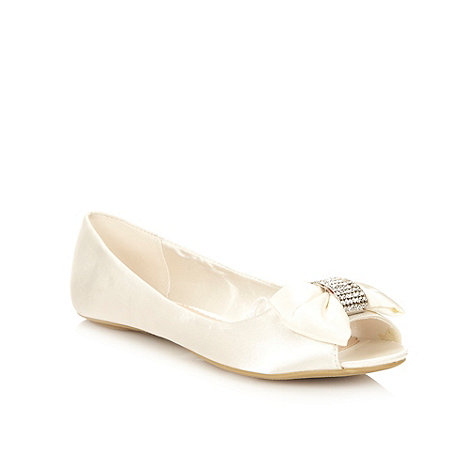 Debut - Ivory satin diamante bow pumps