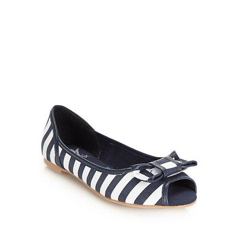 Mantaray - Navy striped bow peep toe pumps