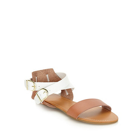 Red Herring - Tan cross over strap sandals