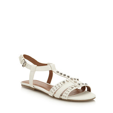 Red Herring - White +farley+ stud sandals