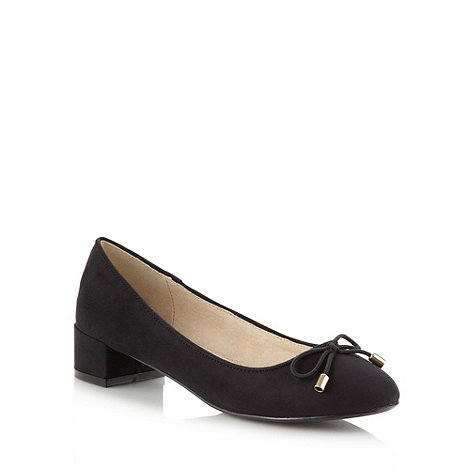 Principles by Ben de Lisi - Designer black low block heel pumps
