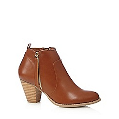 Nine by Savannah Miller - Tan side zip mid ankle boots
