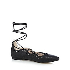 Nine by Savannah Miller - Black croc-effect lace up court shoes
