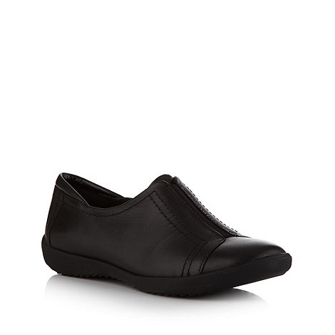 Clarks - Black +belgrave villa+ leather slip on shoes