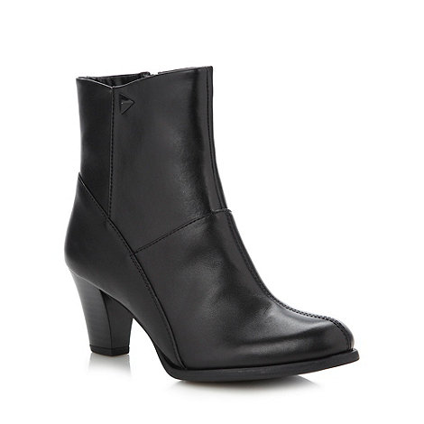 Clarks - Black +Lease Party+ mid ankle boots