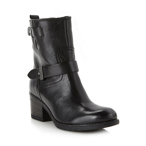 Clarks - Black leather heeled ankle boots