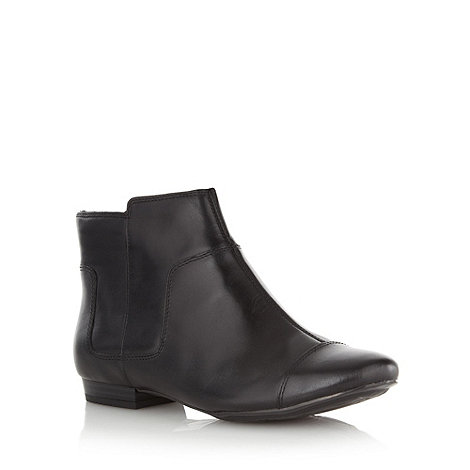 Clarks - Black +mountain snow+ ankle boots
