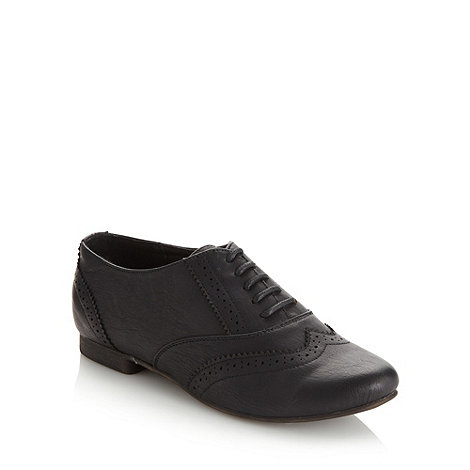 Call It Spring - Black +Sorvagur+ low heel brogue shoes