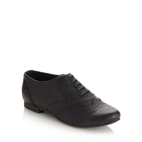 Call It Spring - Black +Sorvagur+ low heel brogue shoes