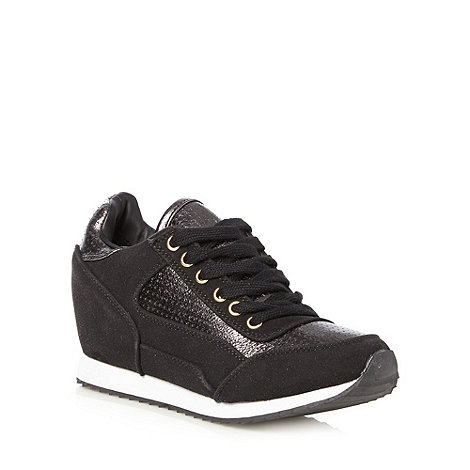 Call It Spring - Black metallic panel +Vostra+ wedge trainers